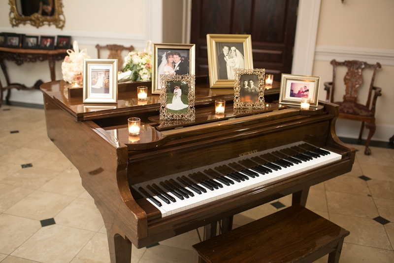Piano decor at The Carltun