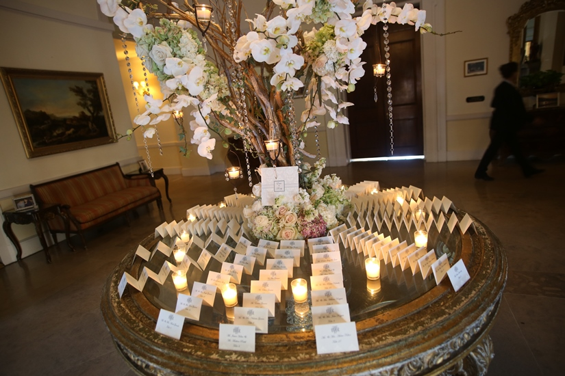 Oheka place card table