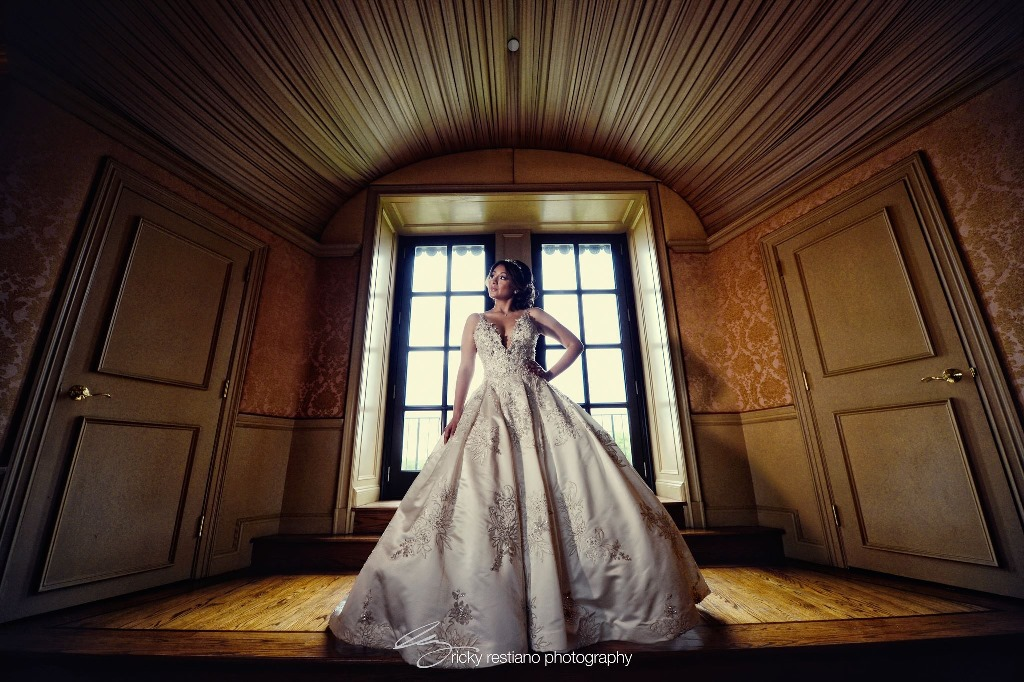 oheka, bride, dress