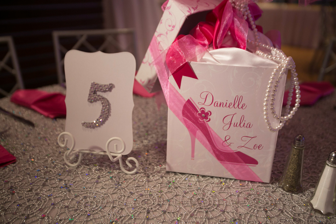 centerpiece shoes and crystal table number