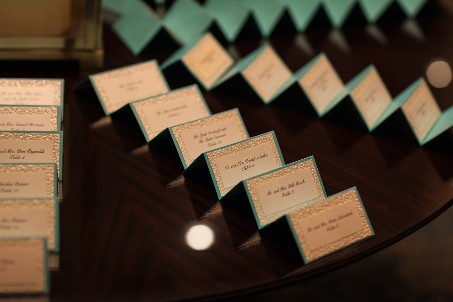 pebble paper seating cards