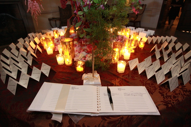 guest book and table cards at Oheka