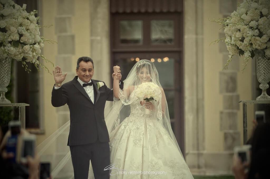 oheka, bride and father aisle