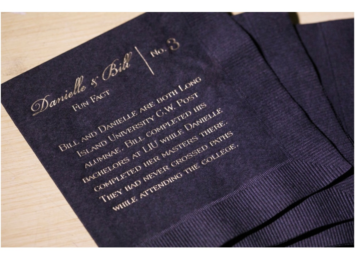 Fun Fact Napkins Black and Gold (4)